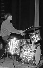 Dennis Wilson, 1964