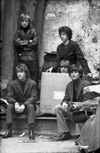 Le groupe de rock Les Tarés, 1964