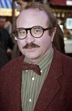 Bob Hoskins, 1987