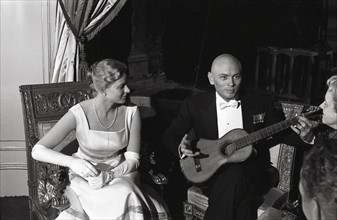 Ingrid Bergman et Yul Brynner