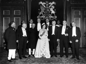 Elizabeth II et les Premiers Ministres du Commonwealth