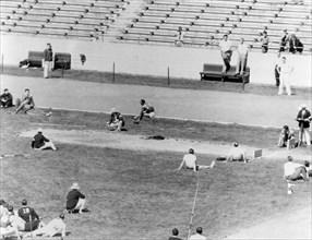 Jesse Owens, 1935