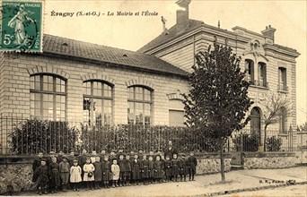 La mairie et l'école d'Eragny