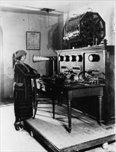 Premiers essais radiophoniques en France