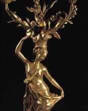 Détail d'un candélabre de style fin Louis XVI