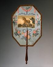 """Eventail décoré d'une fable de La Fontaine """"Le cheval et l'âne"""""""