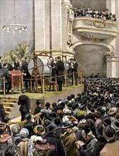 Le tirage au sort de la loterie dans la salle des fêtes du Parco de Milan, avec un premier prix d'un million de lires (1907)