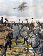 Premier grand voyage aérien d'une ville à l'autre, Paulhan est parti de Londres et a atterri à Manchester le 28 avril 1910