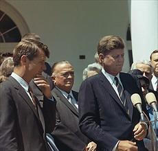 John F. Kennedy, Robert Kennedy et John Edgar Hoover