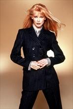 Claudia Schiffer present own fashion collection