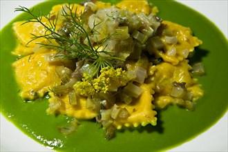 """A plate of vegetarian """"ravioli"""", Ristorante """"La Bastiglia"""" in Spello"""
