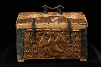 Monreale Cathedral, Diocesan Museum: wooden and gilded pastiglia reliquary box