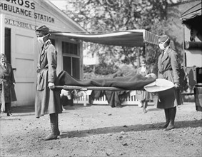 Demonstration at the Red Cross Emergency Ambulance Station during Influenza Pandemic, Washington DC, USA, National Photo Company, 1918