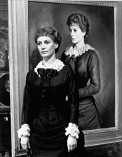 Francesca Annis as Lillie Langtry