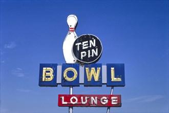 Ten Pin Bowl sign, Route 127