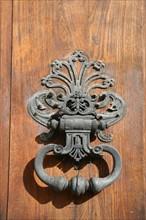 France, Bretagne, Ille et Vilaine, rennes, place du parlement de Bretagne, detail parlement, heurtoir de porte,
