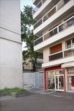 France, Ile de France, paris 15e arrondissement, 279 rue de vaugirard, le recul laisse apparaitre l'ilot,