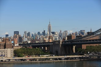 usa, etat de New York, New York City, Manhattan, brooklyn, pont de brooklyn bridge, pietons, vehicules, jogging, circulation, pointe de Manhattan, Manhattan bridge, empire state,