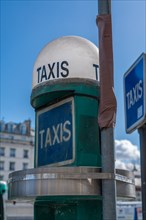 Paris, borne de taxis