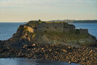 Fort de la Pointe de Kermorvan, Finistère nord