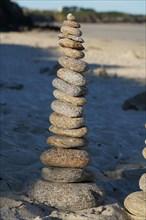 Empilement de galets, Pointe de Kermorvan, Finistère nord