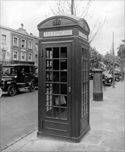 A new issue K2 telephone box, Ladbroke Grove, Kensington, London, 1926