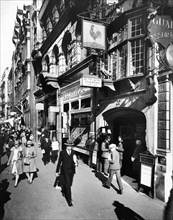 Ye Old Cock Tavern, Fleet Street, City of London, early 1920s. Artist: Unknown