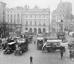 Statue of Eros and traffic in Piccadilly Circus, Westminster, London, (c1910s?). Artist: Unknown