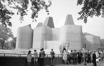 Elephant and rhino pavilion, London Zoo, Regent's Park, London, c1965