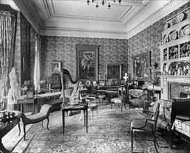 Arts and Crafts interior, Holmestead, North Mossley Hill Road, Liverpool, Merseyside, 1901 Artist