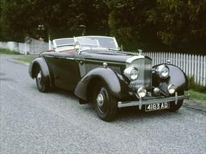 1937 Bentley 4 1/4 lire. Artist: Unknown.