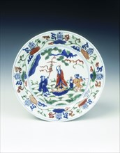 Wucai saucer with immortal and attendants, Wanli period, Ming dynasty, China, 1572-1620. Artist: Unknown