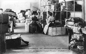 Clothing for prisoners of war, Champs-Élysées, Paris, World War I, 1914-1918. Artist: Unknown