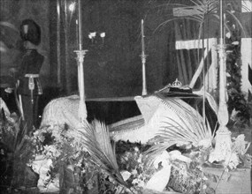 Queen Victoria lying in state at Osborne House, 1901.Artist: Hughes & Mullins