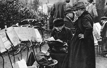 Stamp sellers in the Champs Elysees, Paris, 1931.Artist: Ernest Flammarion