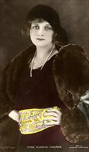 Gladys Cooper (1888-1971), English actress, early 20th century.Artist: Bertram Park