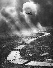 View of London, 1926-1927. Artist: Captain Alfred G Buckham