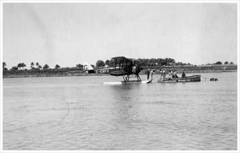 Alan Cobham's De Havilland DH50 landing on the Tigris, Iraq, 1926. Artist: Unknown
