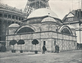 'Peninsular and Oriental Pavilion (River Front)', c1900. Artist: Unknown.