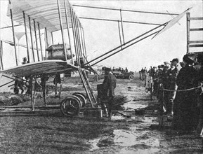 Henri Farman and his 50 hp Gnome biplane, Blackpool Aviation Meeting, Lancashire, 1909 (1933).  Artist: Flight Photo.