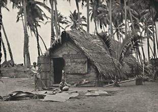 'Kokospalmen und Einngeborenenhutte aus Kokosblattern (An den Stammen links, angebundene Blatter geg Artist: Unknown.