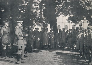 'Lord Kitchener Addressing Indian Patients, 20th July 1915', (1939). Artist: Unknown.