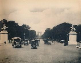 'Paris. - Avenue Des Champs-Elysées - LL, c1910. Creator: Unknown.
