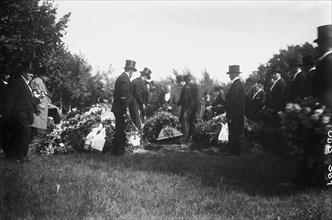 Funeral ceremony, Malmö, Sweden, 1932. Artist: Unknown