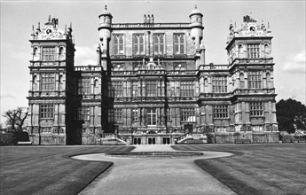 Wollaton Hall, Nottingham, Nottinghamshire, April 1975. Artist: MW Barley