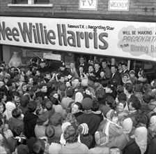 TV and recording star 'Wee Willie' Harris visits South Yorkshire, 1958. Artist: Michael Walters