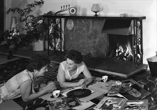 Photograph taken for a Baxi Fireplaces advertisment, 1961. Artist: Michael Walters