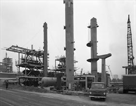 Coleshill Gas Works under construction, Warwickshire, 1962.  Artist: Michael Walters