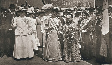 The head of the Women's Sunday Procession to Hyde Park, London, 21 June 1908. Artist: Unknown