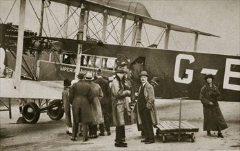Passengers boarding an Imperial Airways aircraft for a flight to Paris, c1924-c1929 (?) Artist: Unknown